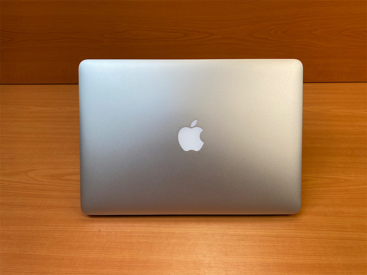 13 Apple MacBook Air BroadWell 2015 ID: 2084404